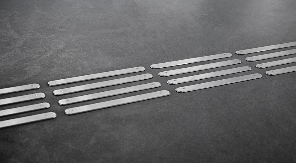 Norme nf p98 352 pour les bandes de guidage le webzine for Norme pmr cheminement exterieur