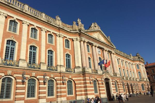 Toulouse : une charte pour une meilleure accessibilité de la voirie et des espaces publics de la Métropole