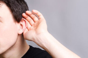 chiffres et définition handicap auditif, malentendant, sourd, cerema