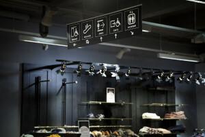 signalétique dans un grand magasin