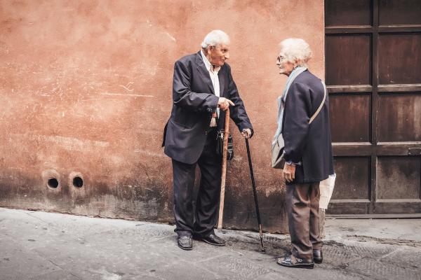 personnes âgées rue déplacement autonomie