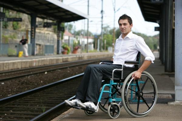 handicap moteur accessibilité voirie chantiers urbains