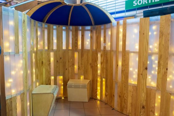 l'intérieur de l'abris sensoriel à  Toulouse