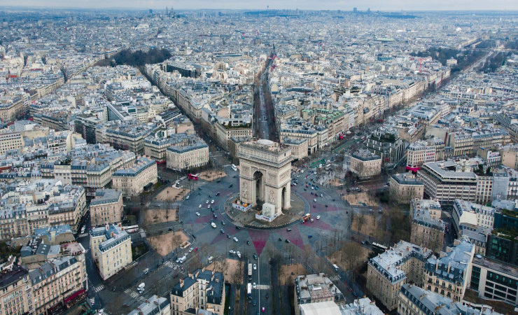 Vue aérienne de l'arc de triomphe